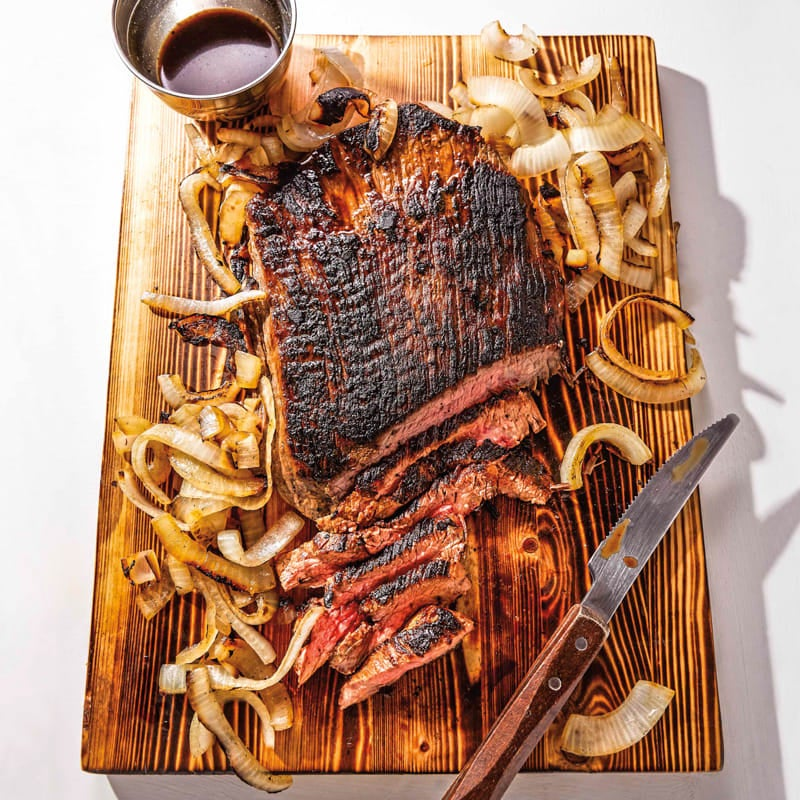 Photo of BBQ flank steak with onions by WW