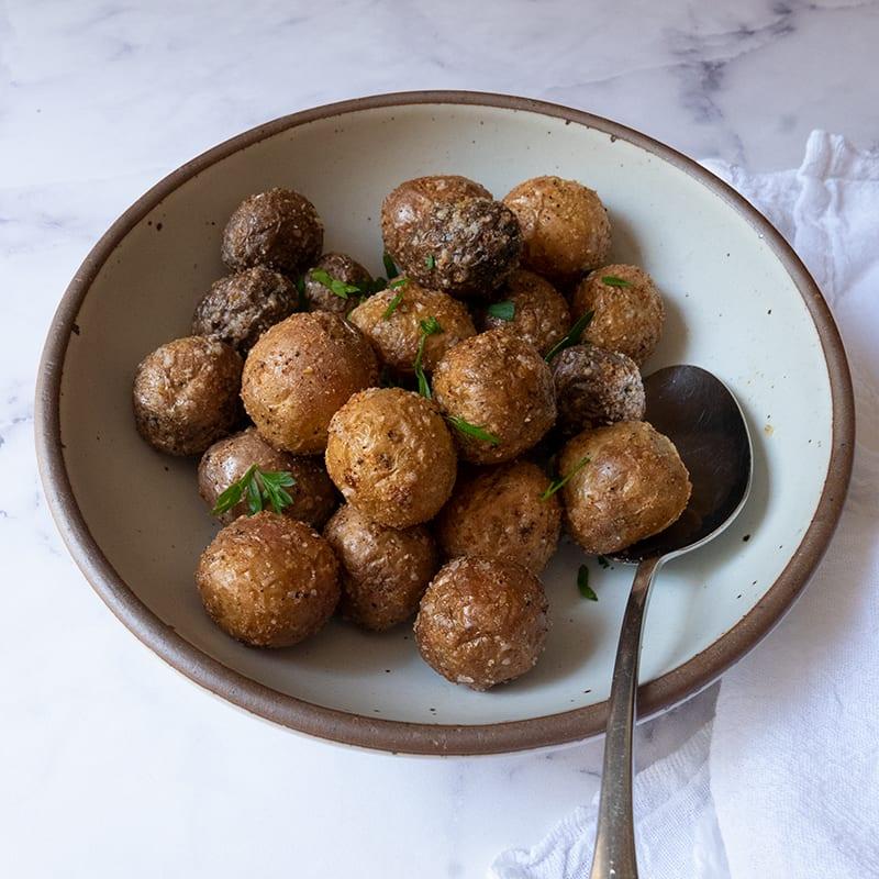 Photo of Easy air fryer garlic-Parmesan potatoes by WW