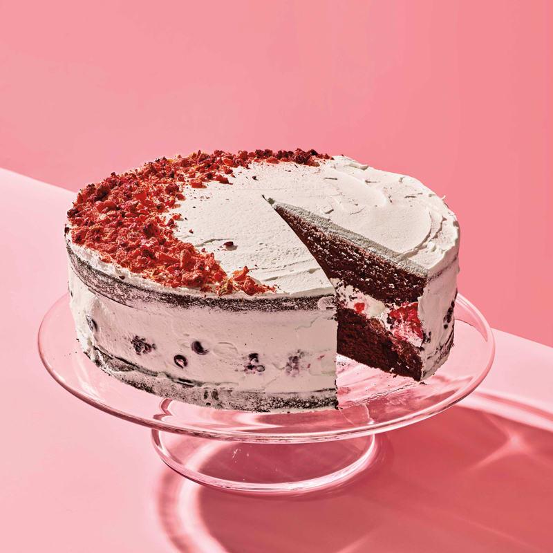 Photo of Chocolate birthday cake with freeze-dried strawberries by WW