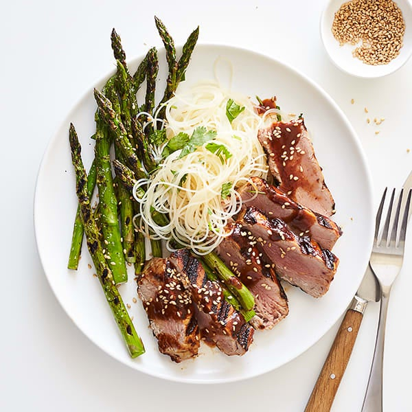 Photo of Hoisin-glazed tuna with asparagus and rice noodles by WW