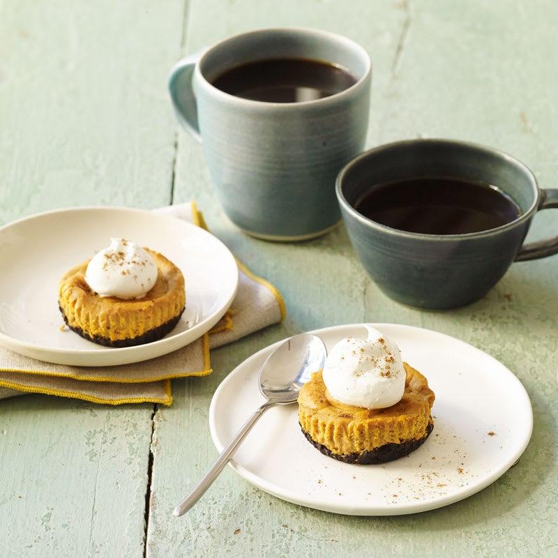 Photo of Mini pumpkin pie cheesecakes by WW