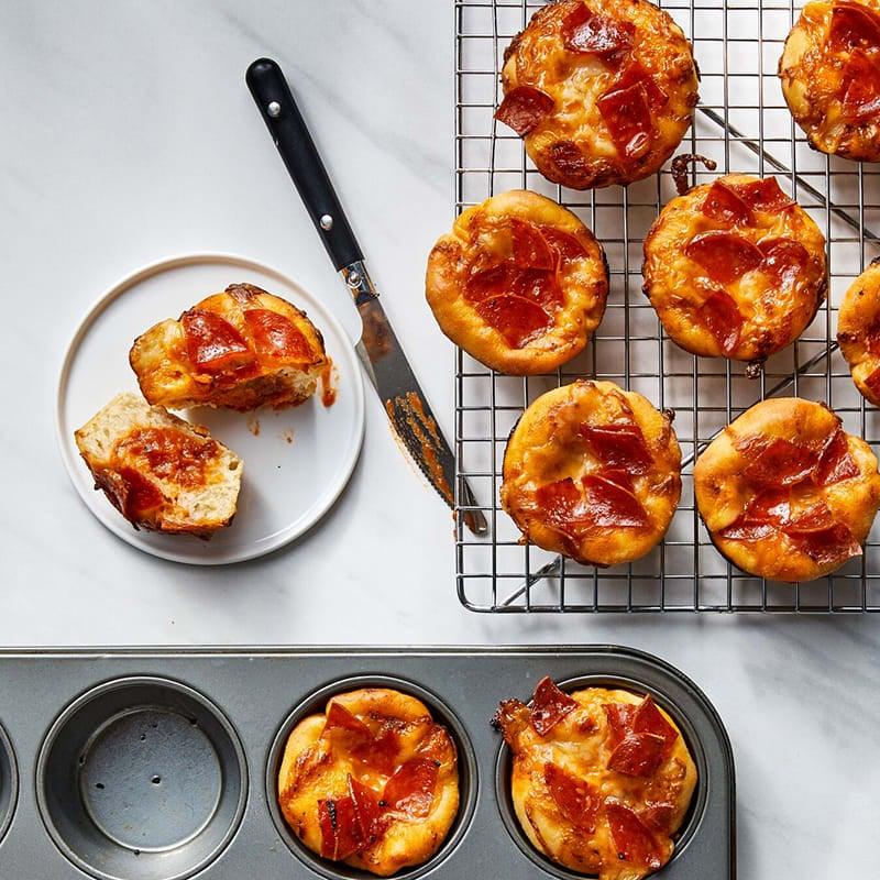Photo of Mini pepperoni deep-dish pizzas by WW
