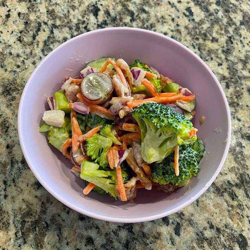 Photo of Creamy Broccoli Salad with Crispy Bacon by Digital 360 Coach Bianca by WW