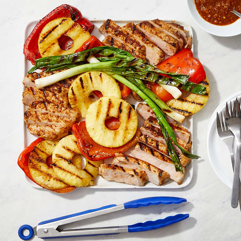 Photo of Hoisin-glazed pork with pineapple and sweet peppers by WW
