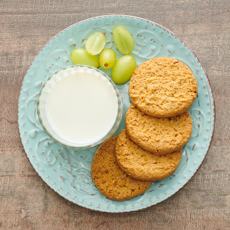 Photo of Old-fashioned ginger cookies by WW