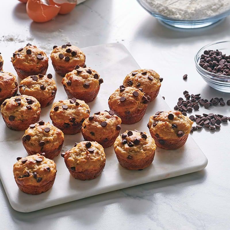 Photo of Banana–chocolate chip mini muffins by WW