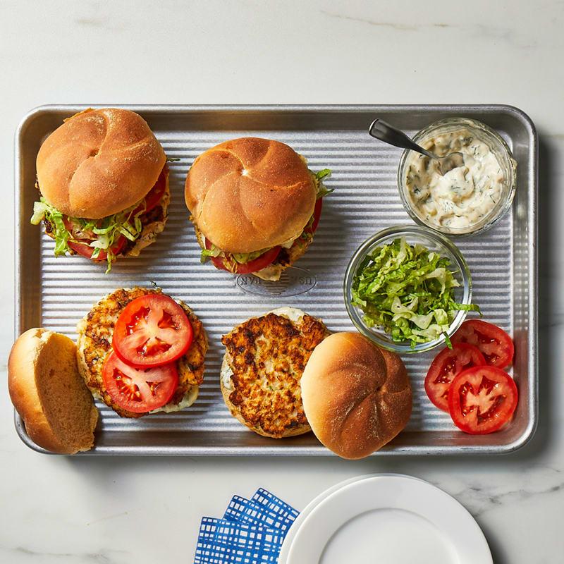 Photo of Shrimp burgers with jalapeño tartar sauce by WW