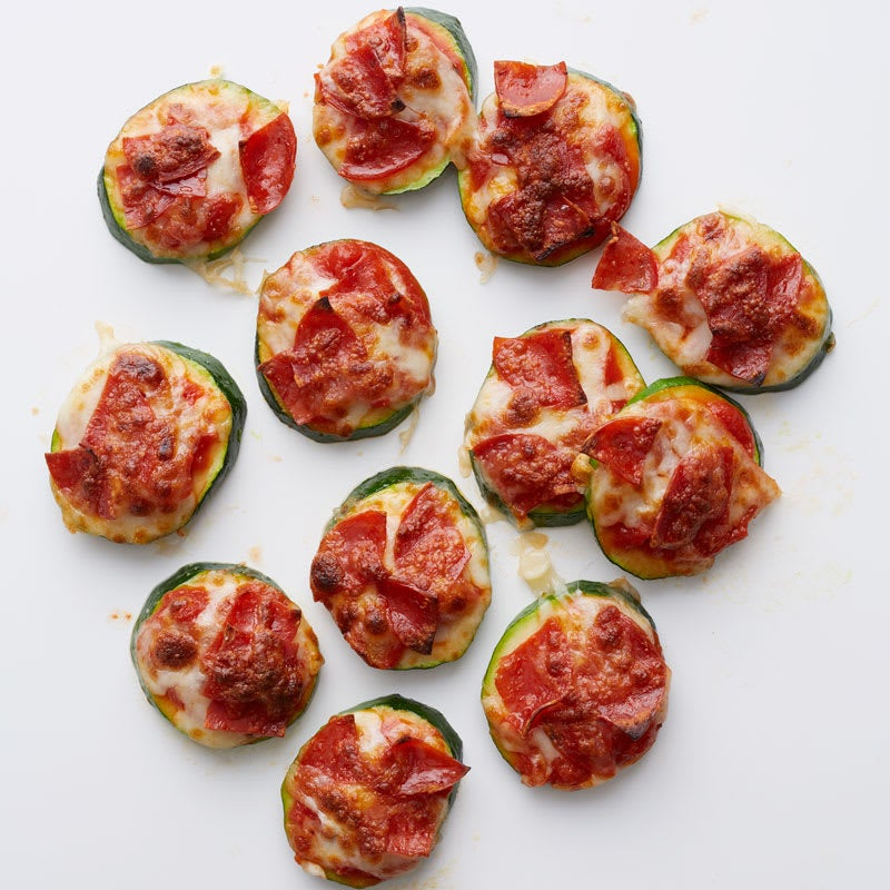 Photo of Zucchini-pepperoni pizza bites by WW