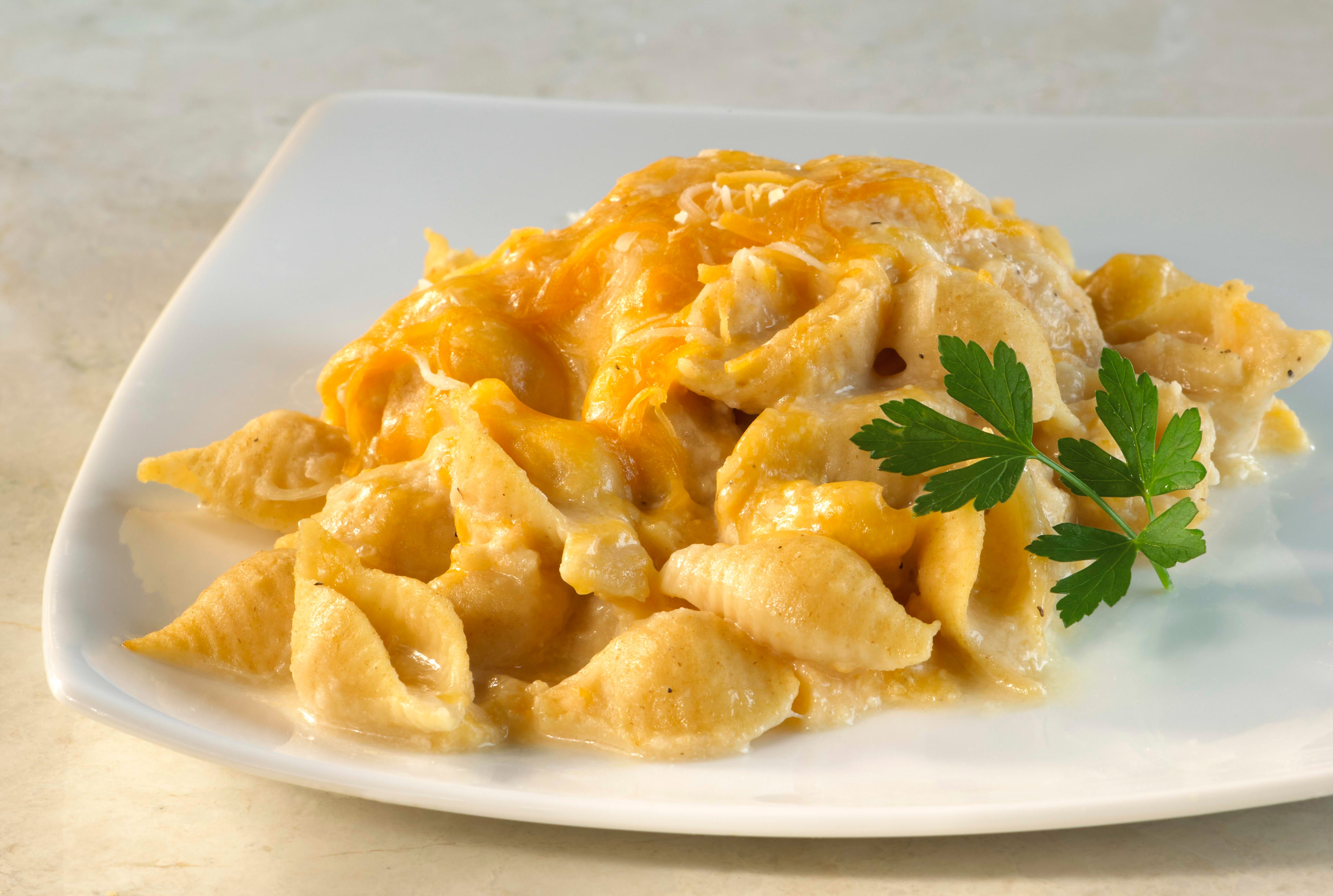 Photo of Stove-top macaroni and cheese by WW