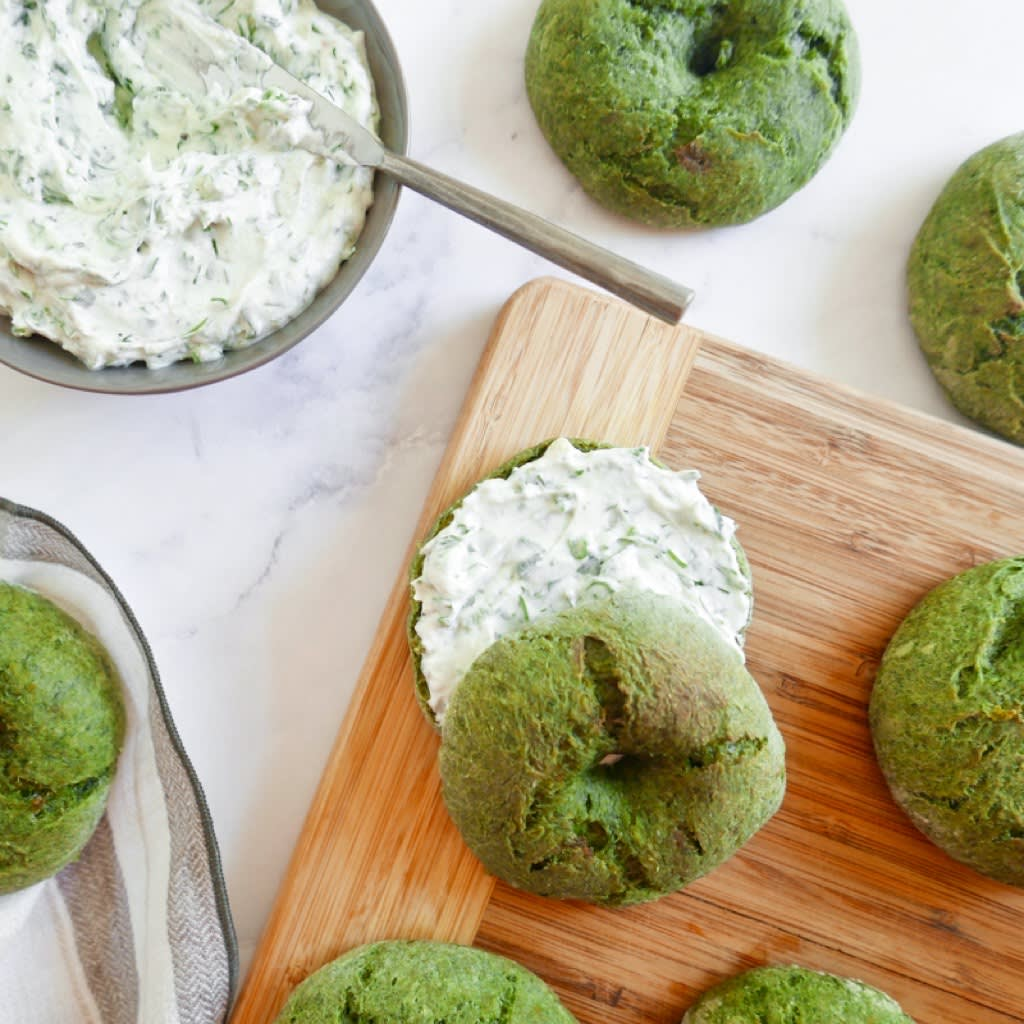 Photo of Spinach bagels with herbed cream cheese by WW
