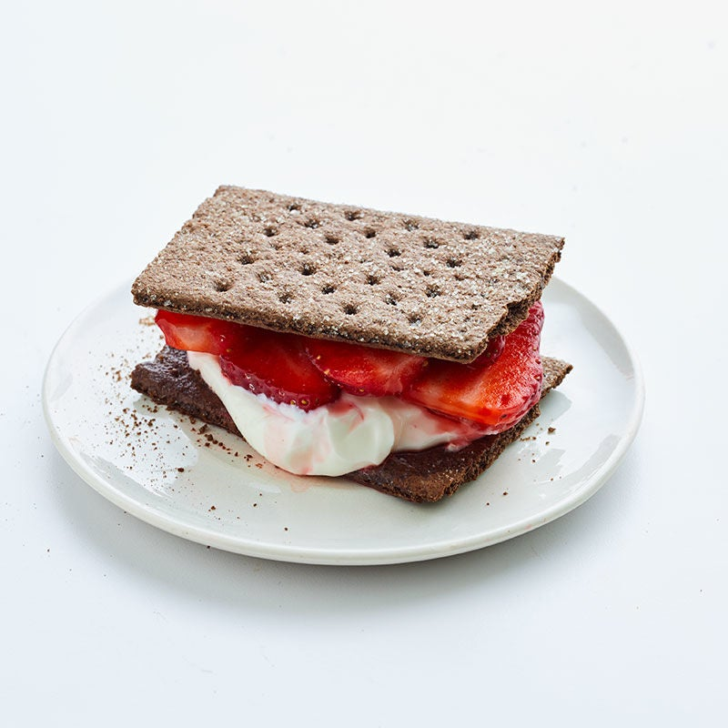 Photo of Strawberries & Cream Chocolate Cookie Sandwich by WW