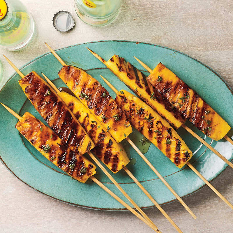 Photo of Grilled pineapple skewers with a honey-thyme glaze by WW