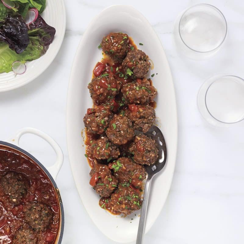 Photo of Bulgur-beef meatballs in cinnamon-scented tomato sauce by WW
