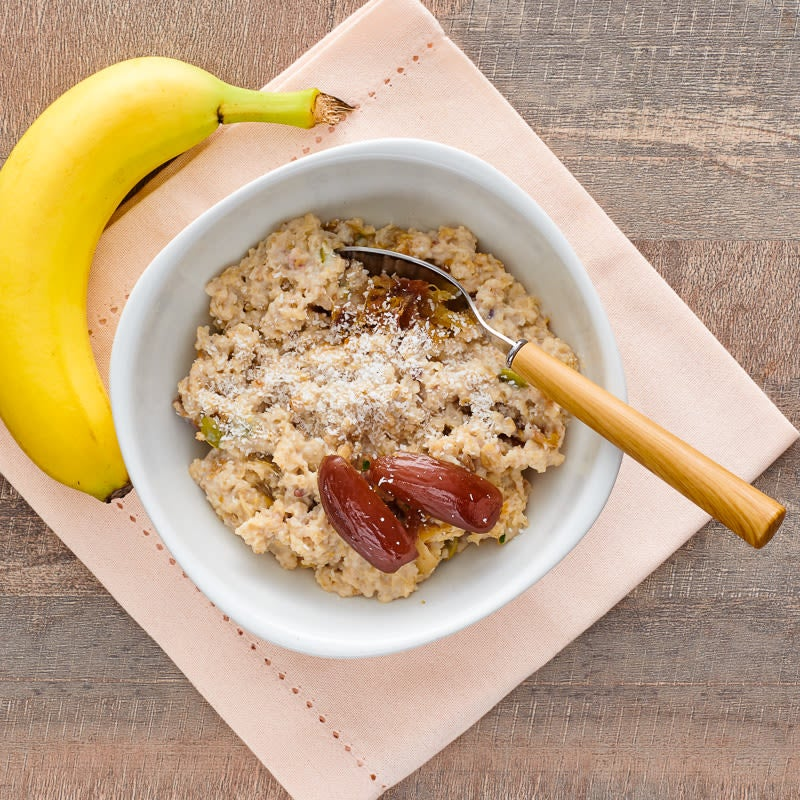 Photo of Oat and farro porridge with dates and coconut by WW
