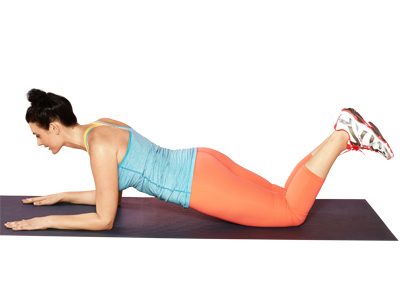 woman doing modified plank