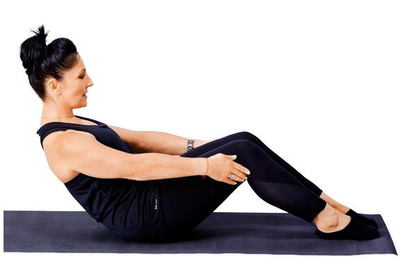 Pilates - Modified roll up pose