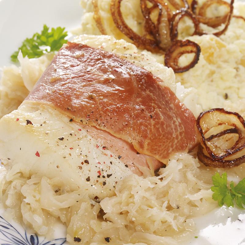 Heilbuttfilet mit Steckrübenstampf und Sauerkraut