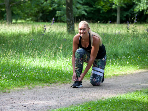 kvinna joggingtur