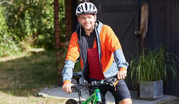 WW Mitglied Martin mit seinem Mountainbike