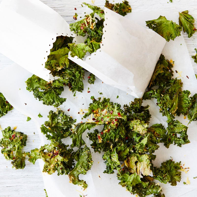 Parmesan and chilli kale chips