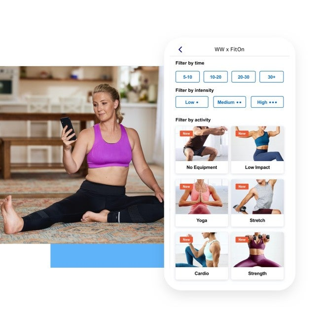 woman using the WW app to exercise